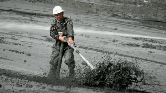 河道清淤施工淤泥输送方法